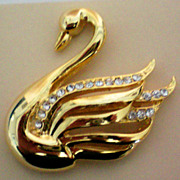Golden Swan with Rhinestone Accents Pin