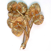 1/80 18KT Gold Flower Brooch from Germany