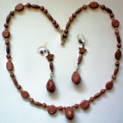 Glittering Sandstone Necklace & Matching Pierced Earringss