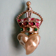 Blister Pearl Crown Pin