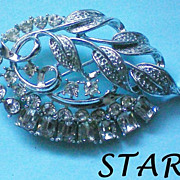 STAR Foil Backed Rhinestone Pin