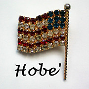 Hobe American Flag Pin