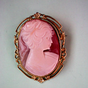 Cameo Framed Lady Pin