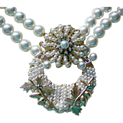 Robert's Themed Faux Pearl Necklace