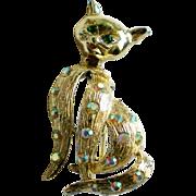 Sassy Siamese Cat Pin