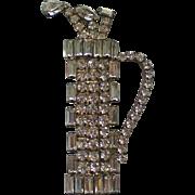 Sparkling Rhinestone Golf Bag with Clubs Pin