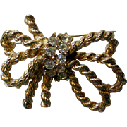 Golden Rope Bow Brooch by M.JENT