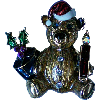 Christmas Holiday Teddy Bear Pin