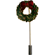 Holiday Wreath Stick Pin