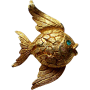 Tiny Gold tone Fish Pin
