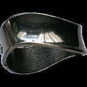 Black Metal Wave Clamper Bracelet
