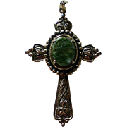 Gold tone Green Stone Center Cross Pendant