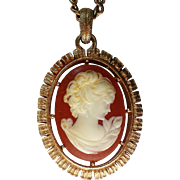 Molded Cameo Pendant Necklace