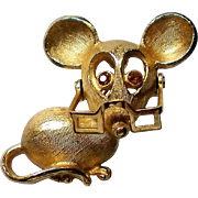 Avon Mouse with Movable Glasses Pin