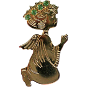 Small Gold tone Angel Pin for Christmas / Hanukkah