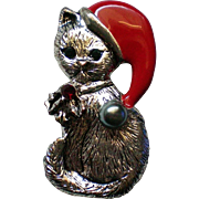 Christmas Holiday Cat Pin with faux Pearl