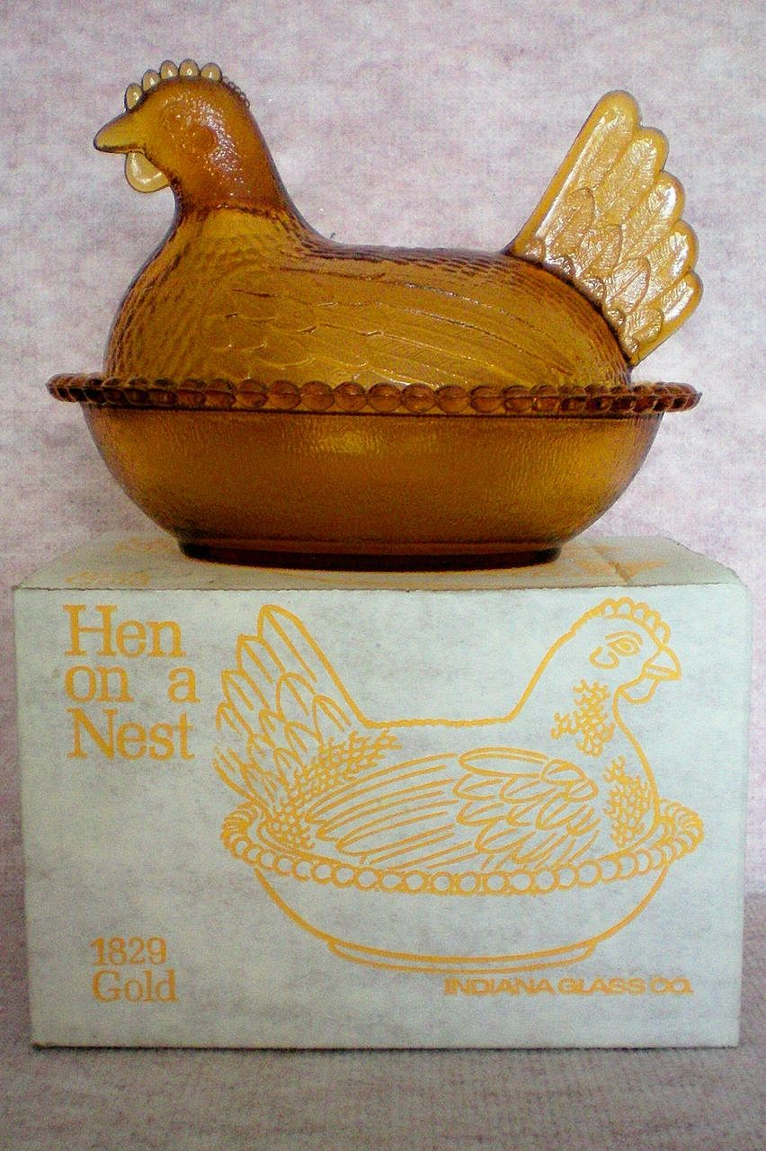 Indiana Glass Gold Hen on a Nest in Original Box