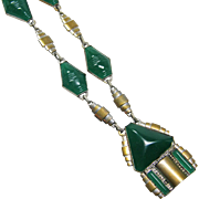 Czech Chrysophase Art Deco Green Necklace 1920-30s
