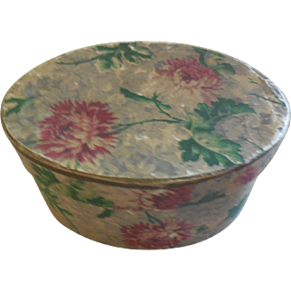 "5"" Vintage Flower Hat Box with Los Angeles Store Label"