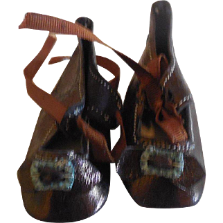 """2"""" Copper Sheen Doll Shoes"""