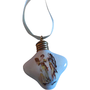 Small Porcelain Perfume Bottle for French Fashion