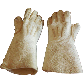 Tiny White Leather Gloves for French Bebe or Fashion Doll