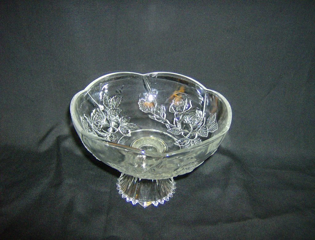 Pedestal Bowl ~ KIG Indonesia ~ Embossed Roses