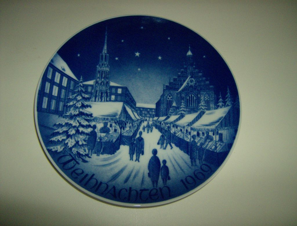 Bareuther Bavaria Germany Plate Christmas Market ~ 1969