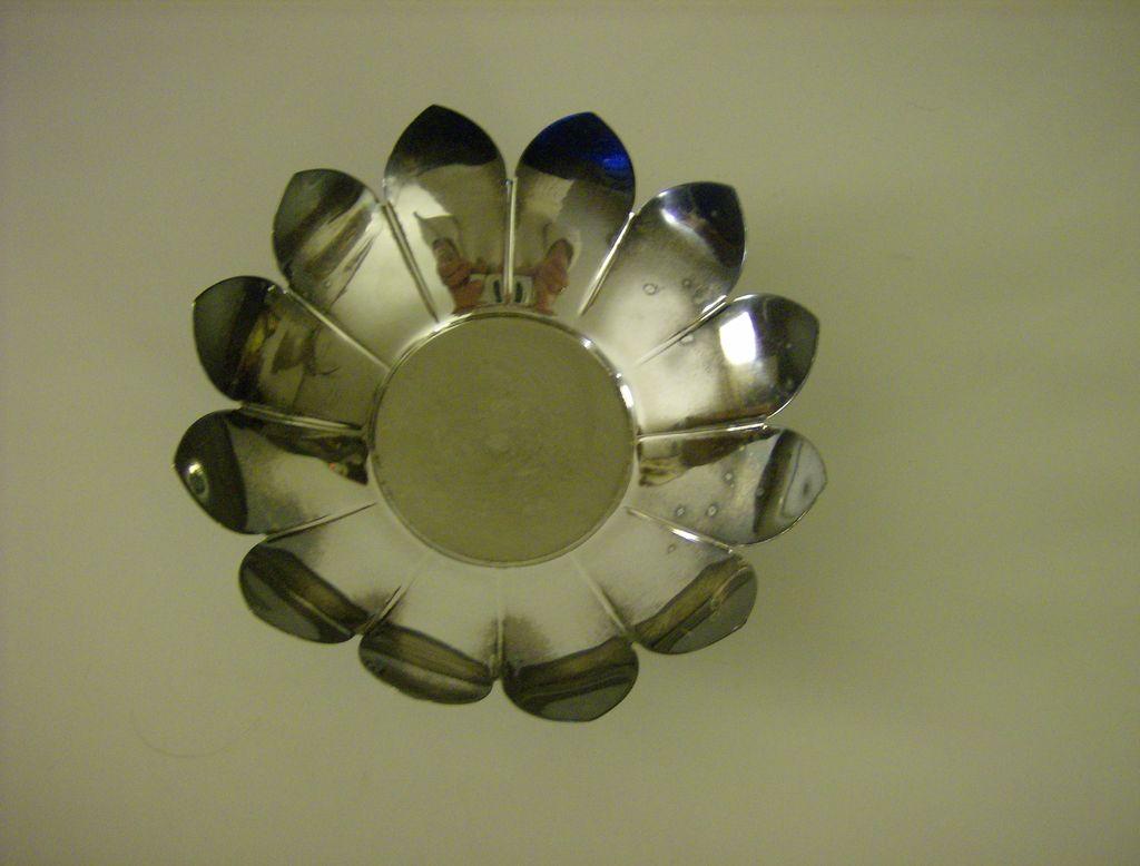 Leonard  Lotus Blossom Silverplate Pedestal Bowl