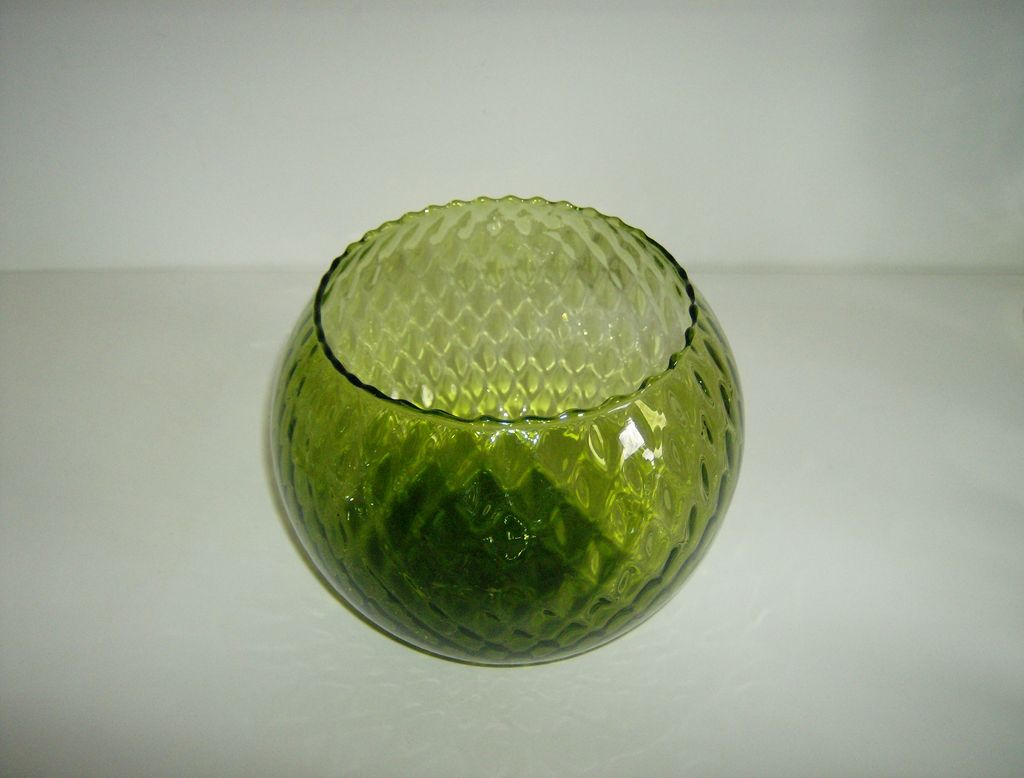 Green Blown Glass Bowl ~ Quilted Pattern