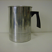 Aluminum 2 Quart Wax Pouring Pitcher