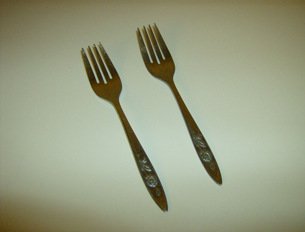 Oneida Community Stainless Flatware ~ My Rose Pattern ~ Salad Forks