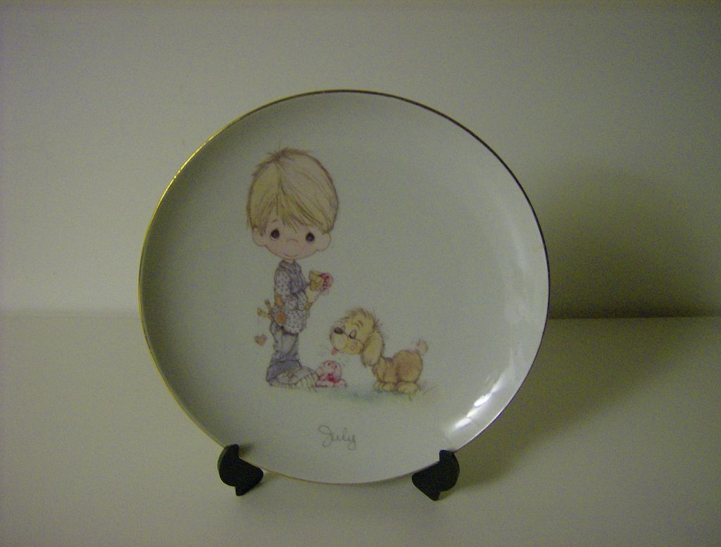 Precious Moments ~ July Birthday Plate ~ Enesco