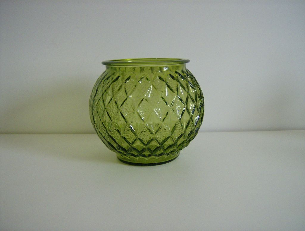 Anchor Hocking ~ Green Glass Ball Vase ~ Gemstone Pattern