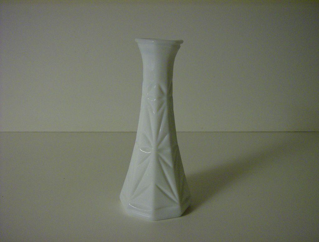 Milk Glass Bud Vase ~ Hoosier Glass ~ Starburst