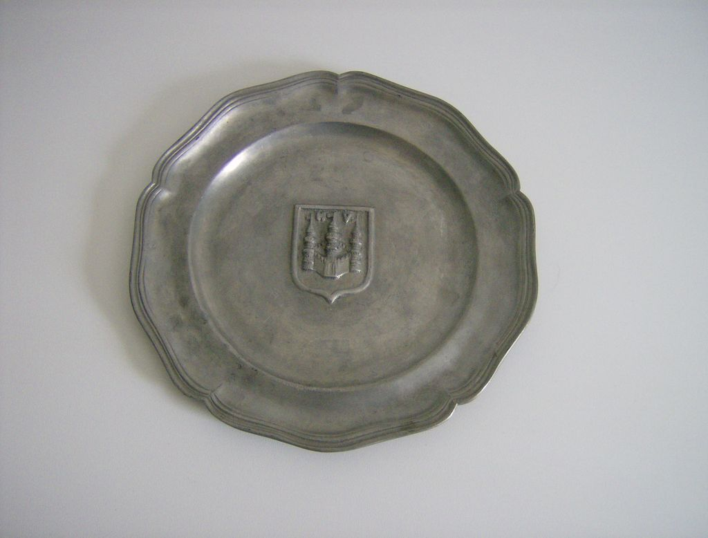 Pewter Plate ~ Shield Design ~ Castle