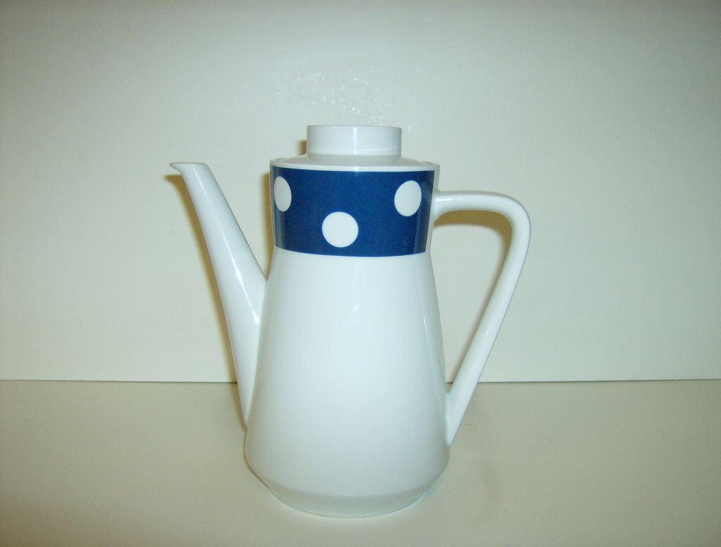 Seltmann Weiden K Bavaria Cora Coffee Pot