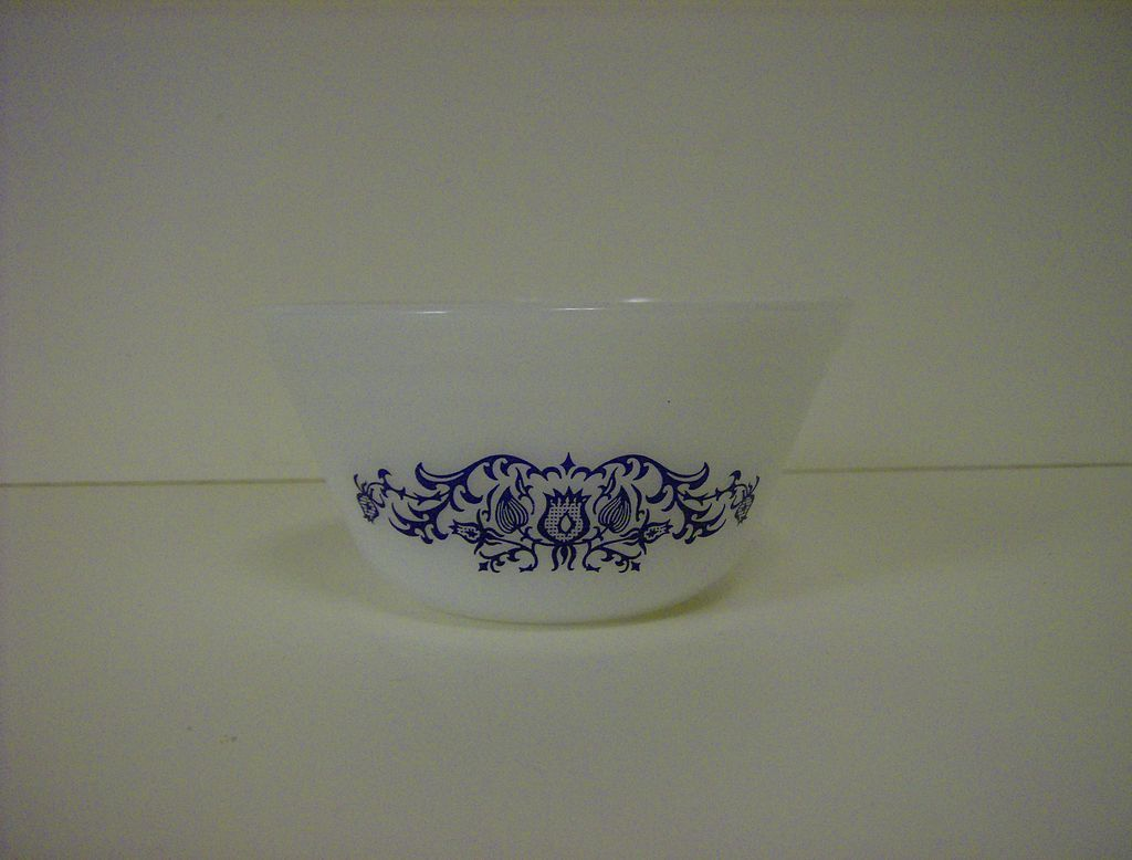 Federal Glass Heat Proof Mixing Bowl Blue Flowers