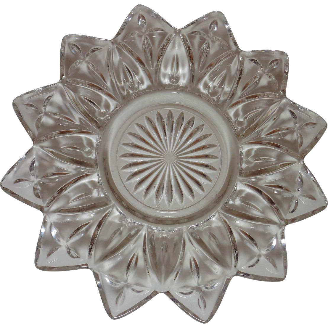 Federal Glass   Bread & Butter Plate  Petal Pattern