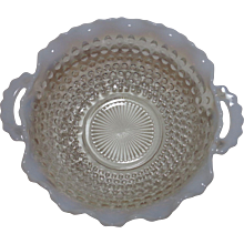 Moonstone Handled Crimped Bowl