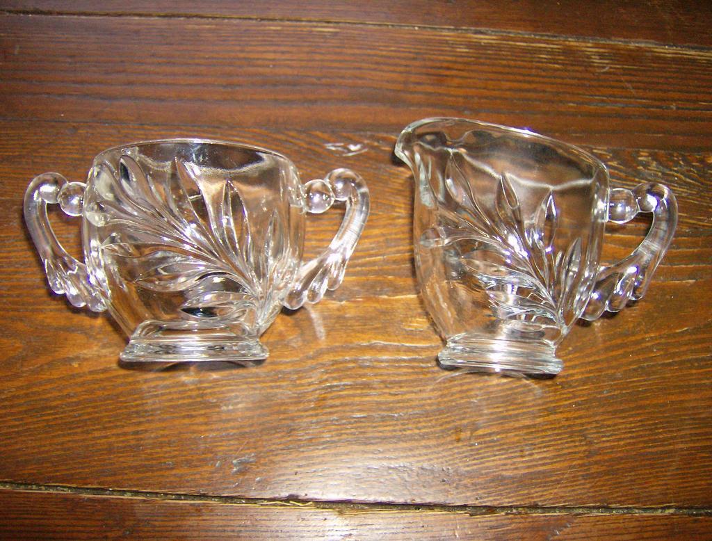 Indiana Glass Creamer & Sugar Willow Pattern