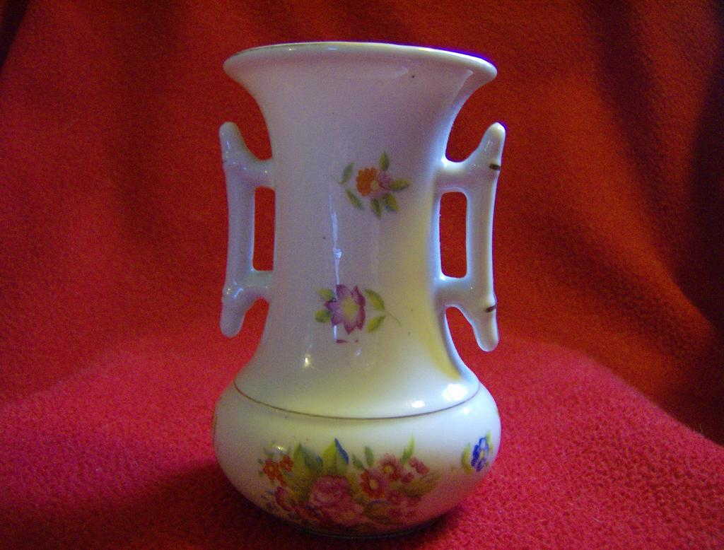 Made in Japan Hand Painted Porcelain Vase Kutani