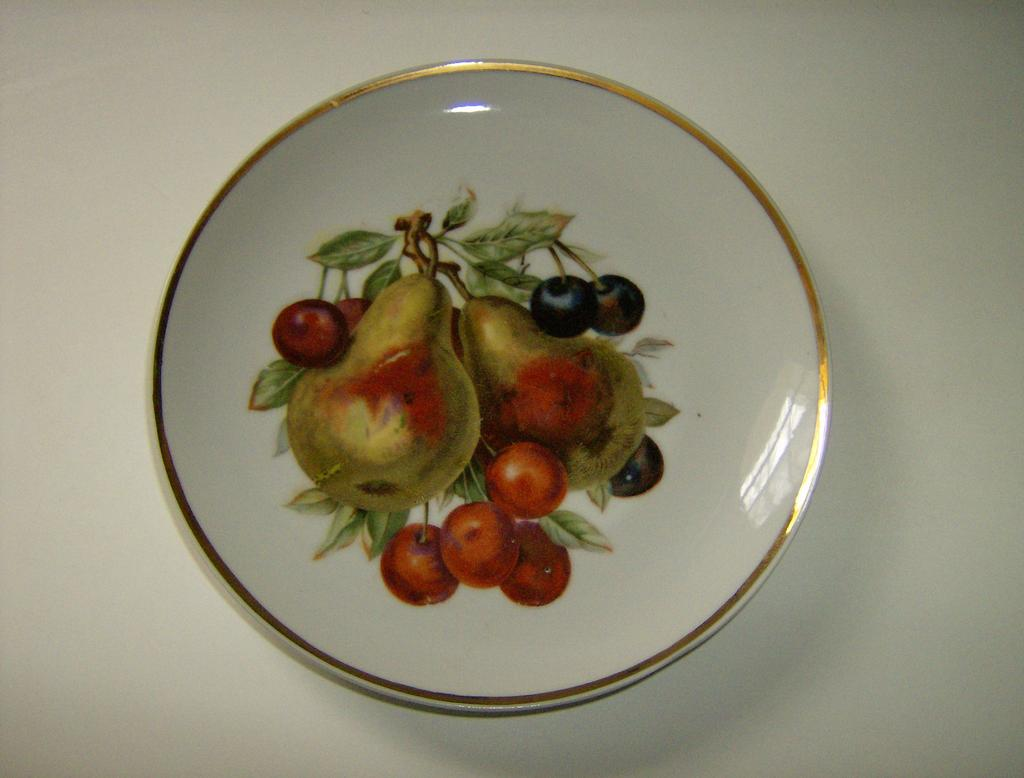 Decorative Fruit Plate Pears & Cherries Japan