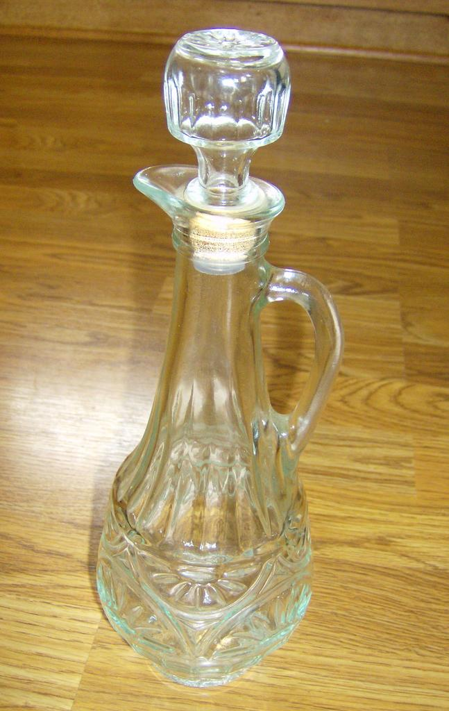 EAPG Wine Decanter