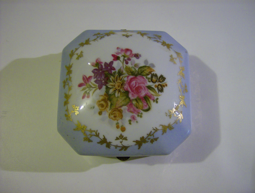 Norleans Japan Trinket Dish