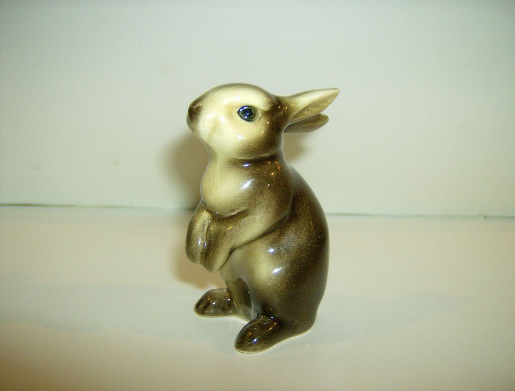 Goebel Bunny CE 298 Original Label