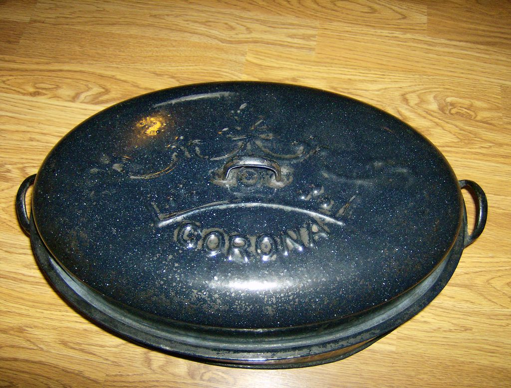Corona Blue Enamel Roaster ~ 1903