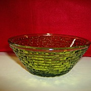 Soreno Small Fruit/Dessert Bowl ~ Avocado Green