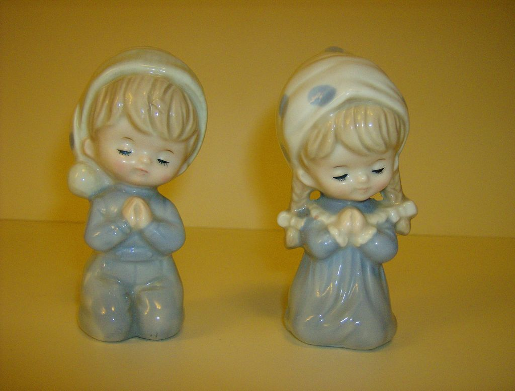Enesco Porcelain Boy & Girl Praying