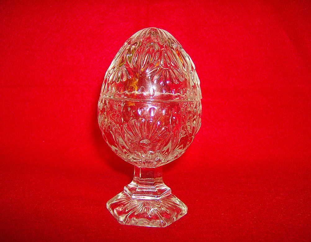 Crystal Pressed Glass Egg on Pedestal ~ Trinket Box